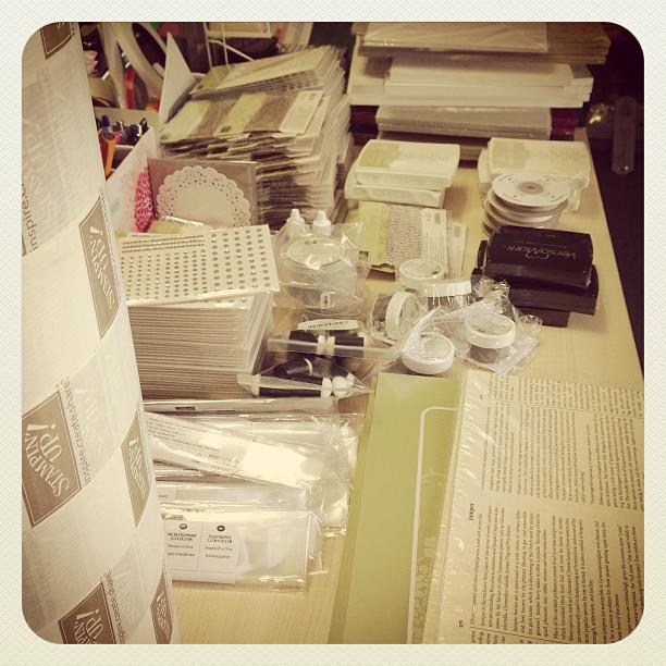 Materialpakete packen :-) #campink
