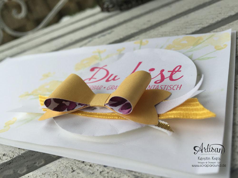 """Stamping & Blogging DT Sketch93 Karte """"Du bist ... """" mit Stanzer Schleife und Stempelset """"Painted Petals"""" und """"Fantastische vier"""" Detailbild2"""