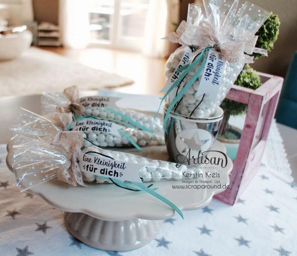 kleine Geschenke Gastgeschenk Kommunion Hochzeit Geburtstag Kegel-Zellophantüten und Stempelset Party-Grüße Bild4