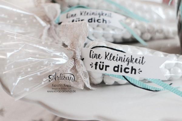 kleine Geschenke Gastgeschenk Kommunion Hochzeit Geburtstag Kegel-Zellophantüten und Stempelset Party-Grüße Bild3