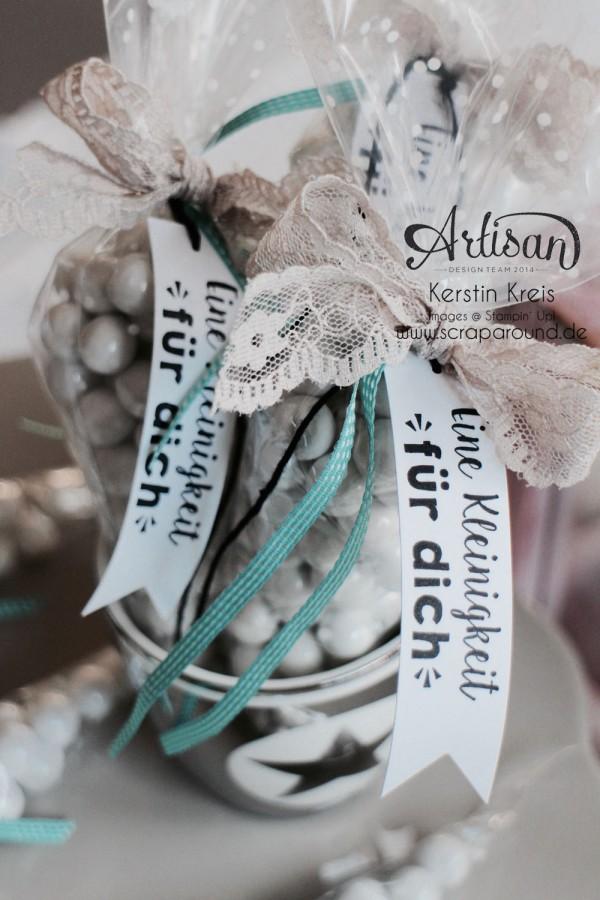 kleine Geschenke Gastgeschenk Kommunion Hochzeit Geburtstag Kegel-Zellophantüten und Stempelset Party-Grüße Bild2
