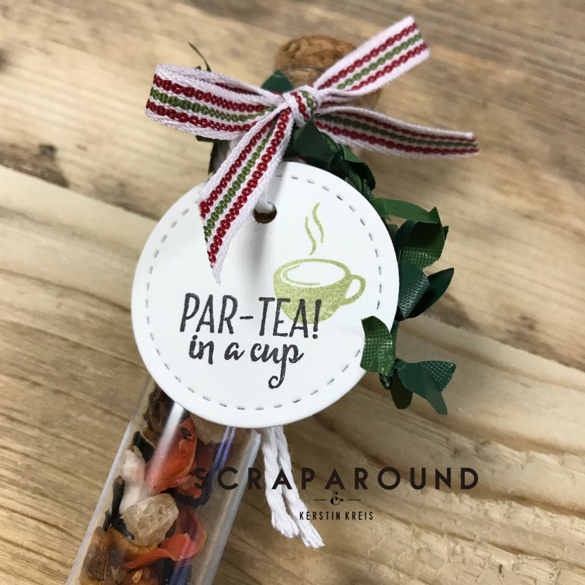 Tee-Verpackung im Röhrchen